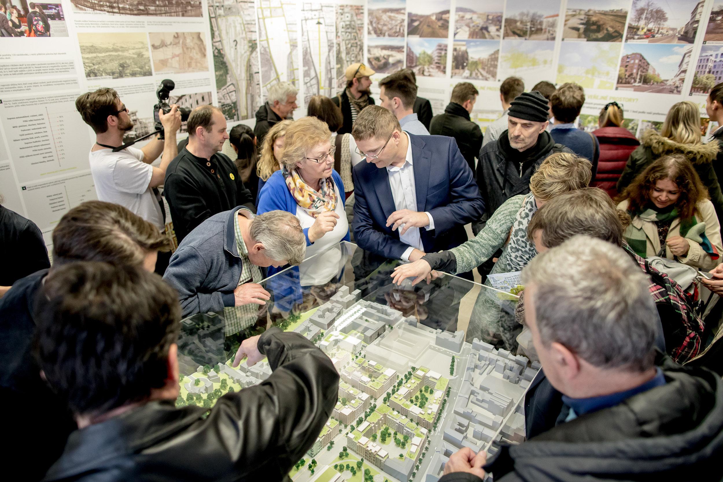 Výstava k participativnímu projektu Smíchov City, Praha  (c) IPR