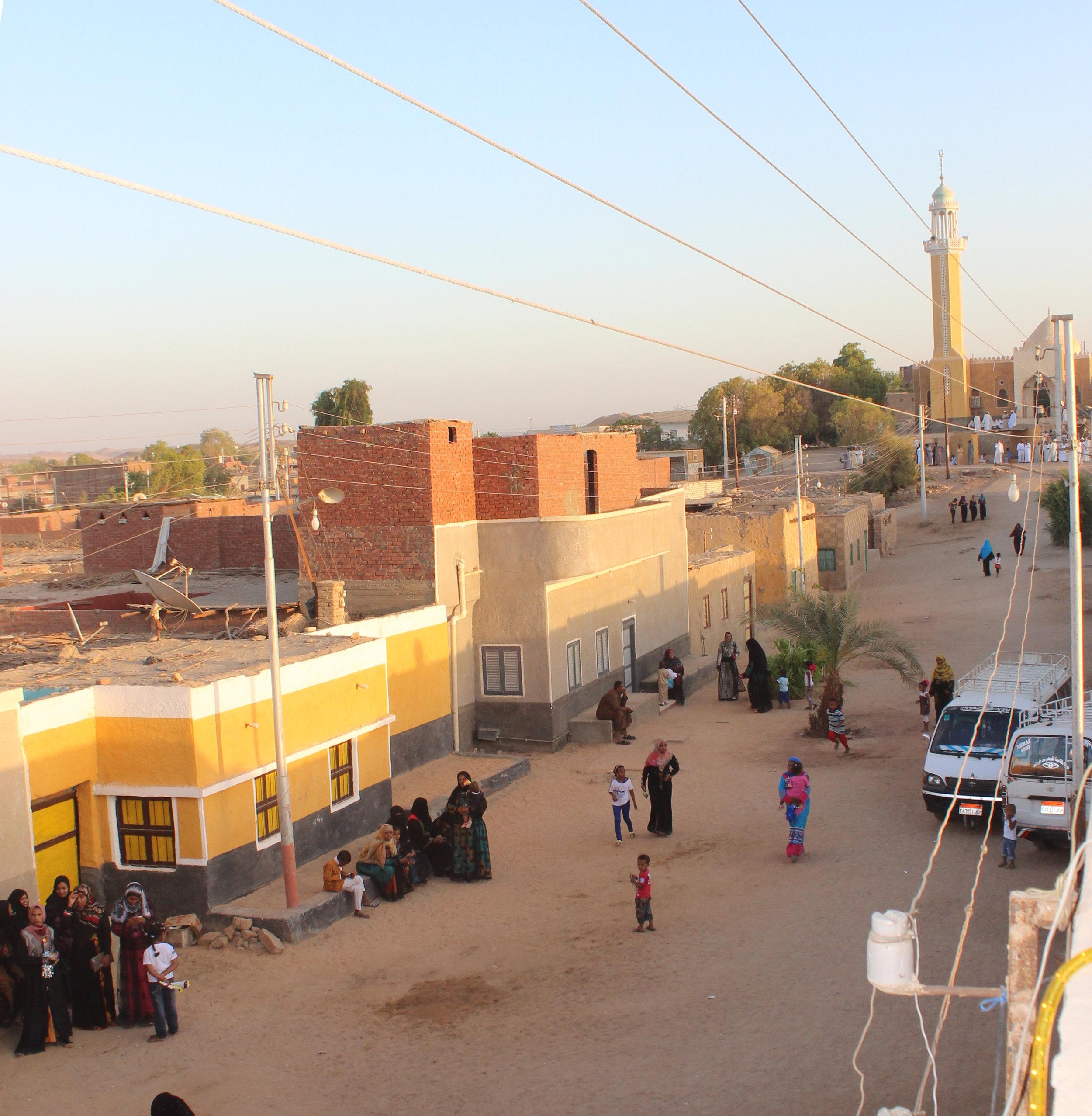 igure 1: Nubian women in Qustul settlement occupying the public space, photo:  Menatalla Ahmed Agha