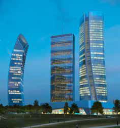 03_CityLife Milano, Central tower – Studio Libeskind, Foto- Struttura Leggera .jpg