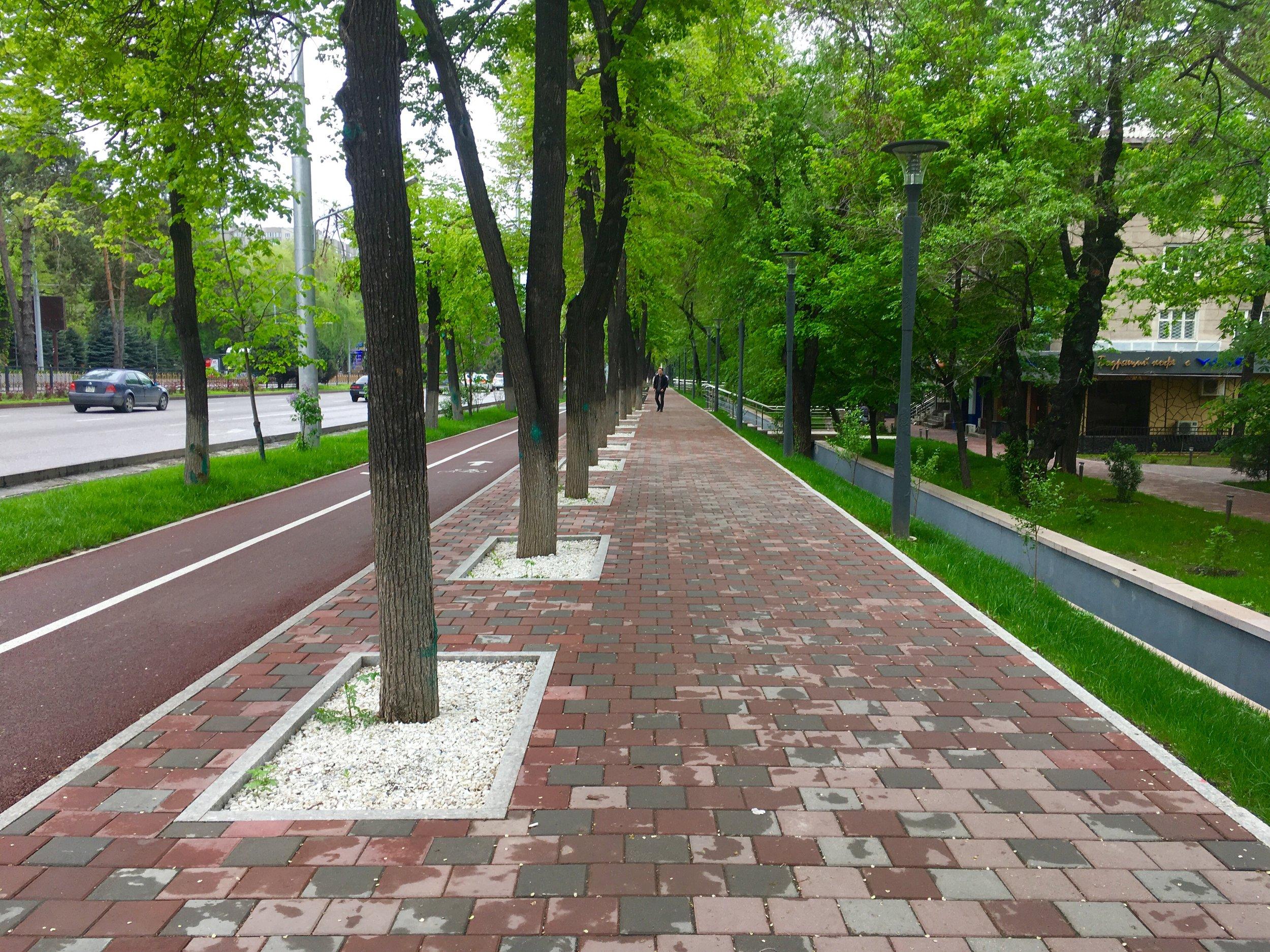 Almaty, street design accommodating pedestrian, cycling, green and blue infrastructure. photo: Milota Sidorova