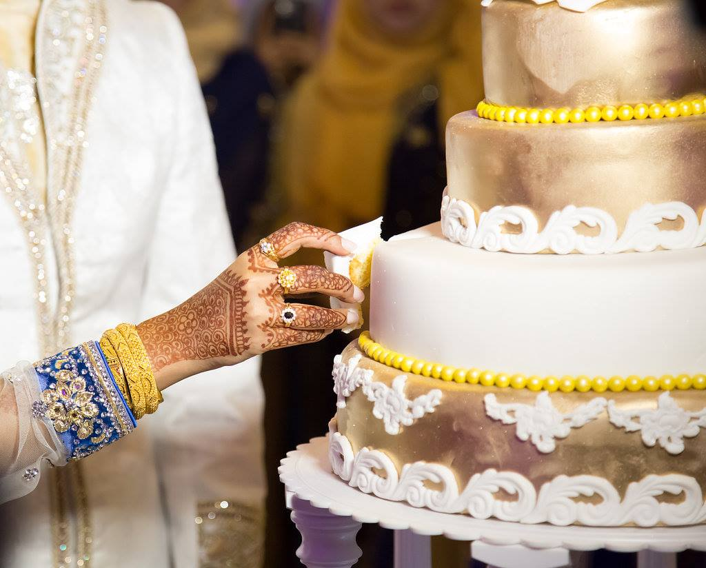 Asian Wedding Cake.jpg