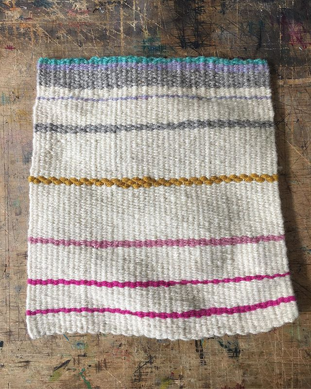 weaving to feel grounded . . . #weaversofig #emergingartist #weaversofinstagram #handweaving #tapestryweaving #contemporaryweaving #canadiancraft #canadiantextiles #handmade #canadianartist #contemporarytextiles