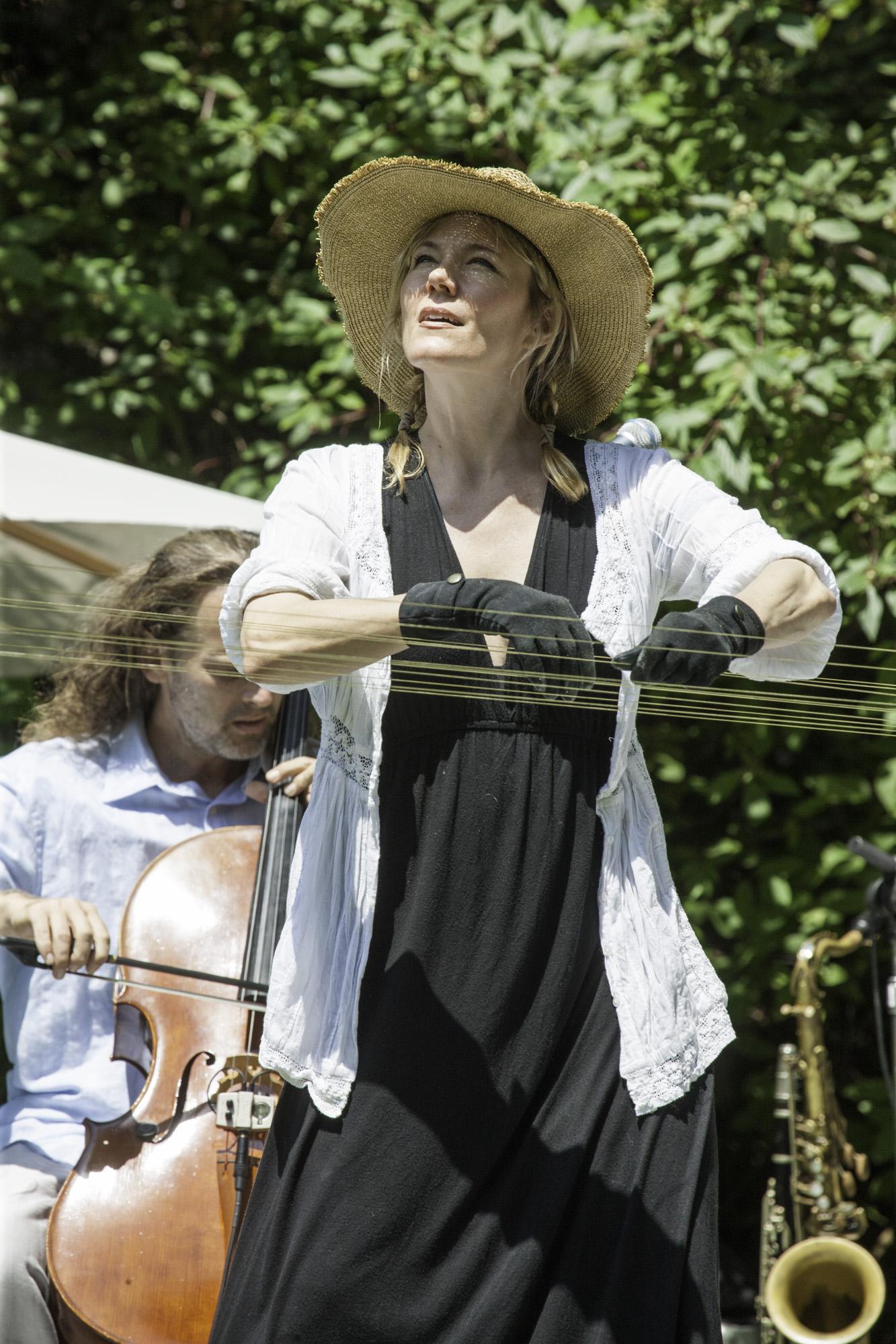 Holly Rothschild on strings 010.jpg