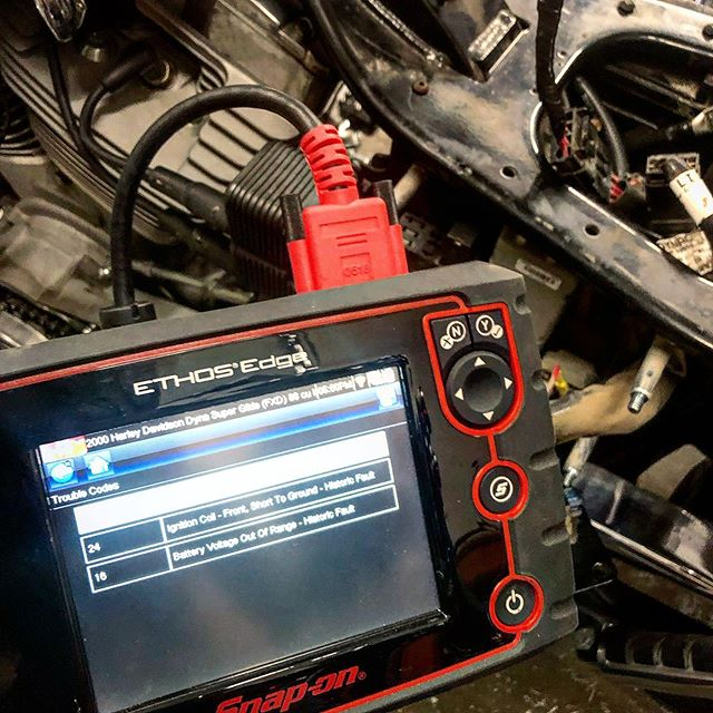 #therighttools +2000 Harley diagnostics made easy! #snapon #headkacemotorcycles