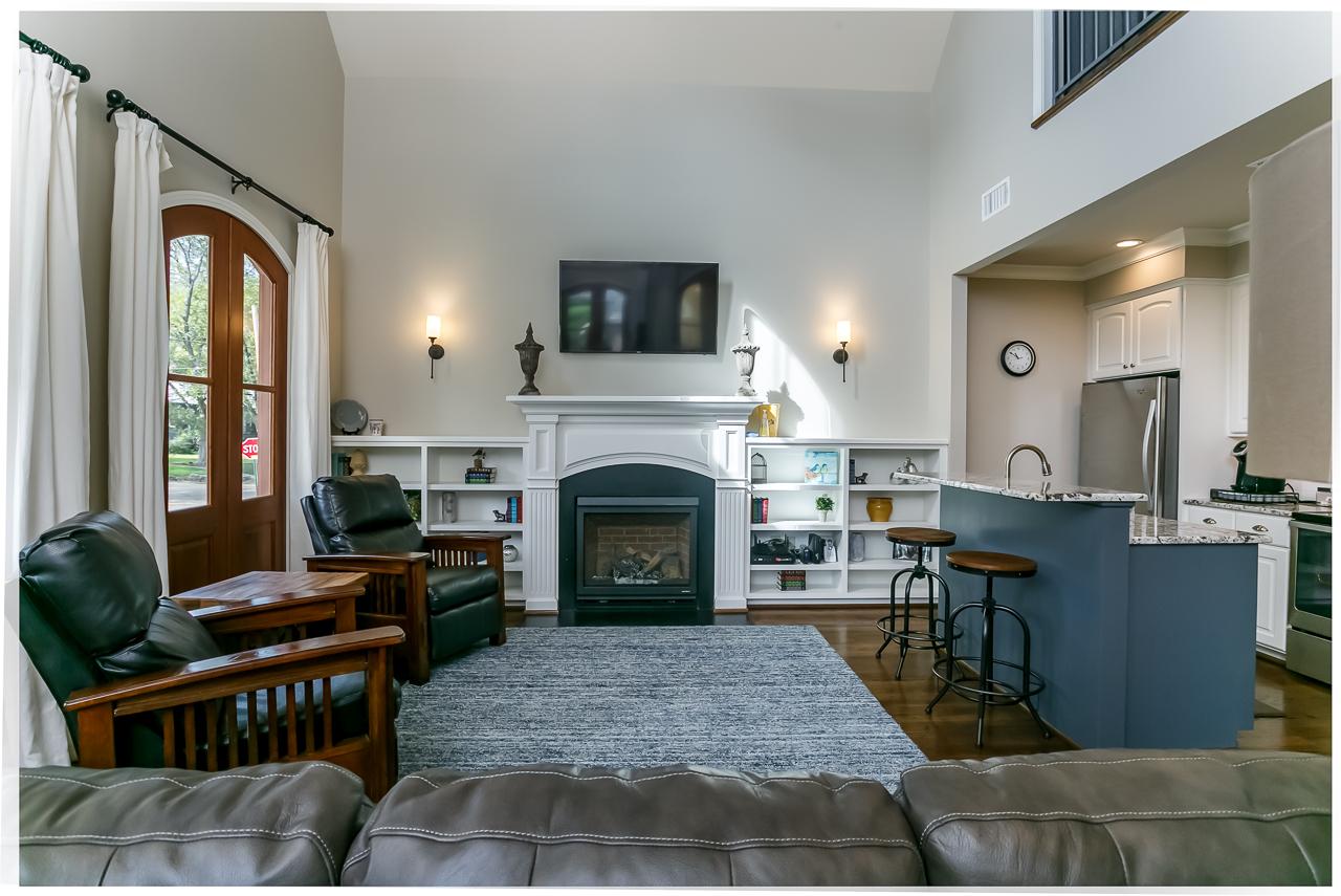 Den-Fireplace-Bar.jpg