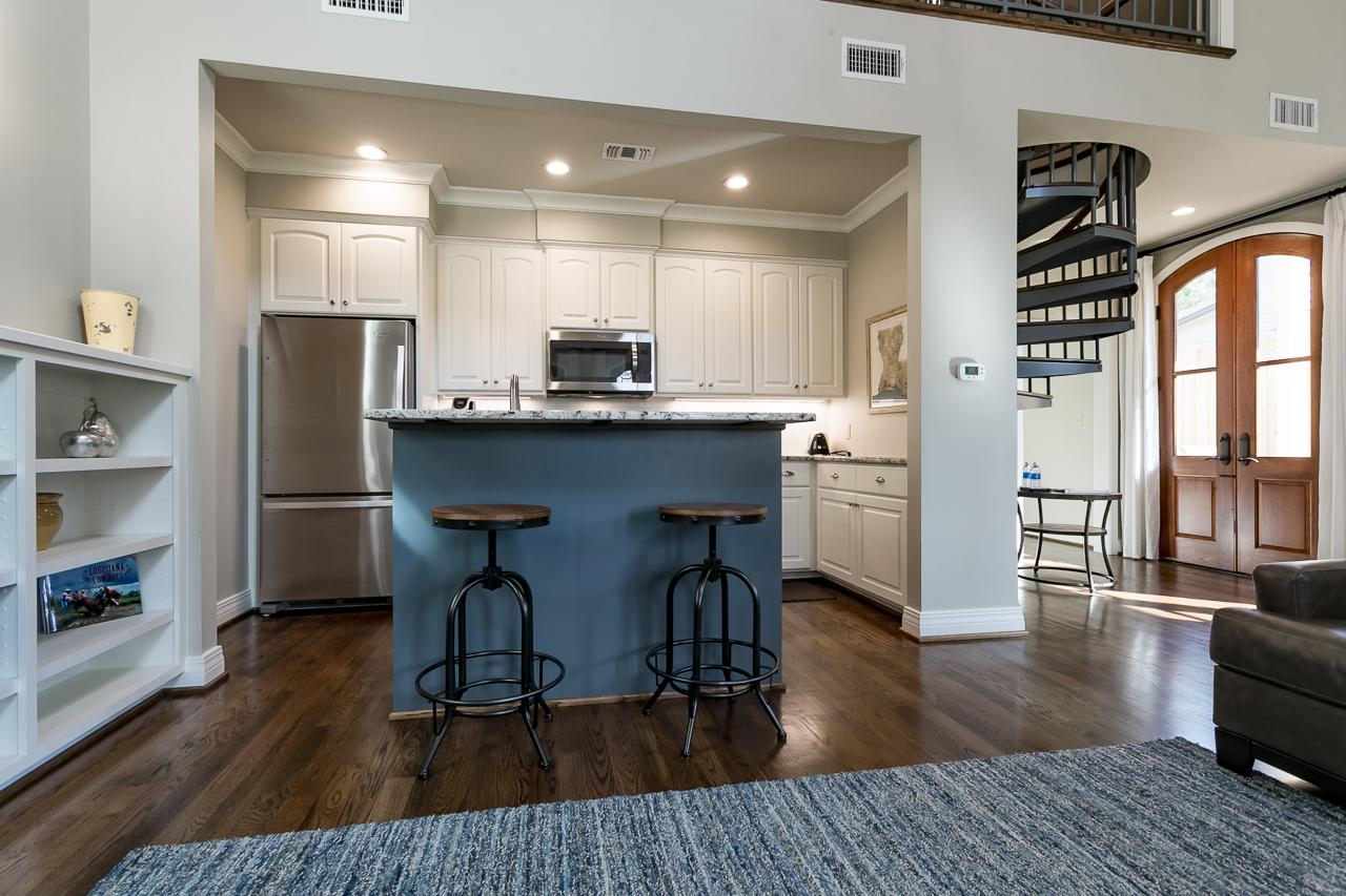 Kitchen-Bar-Stools.jpg