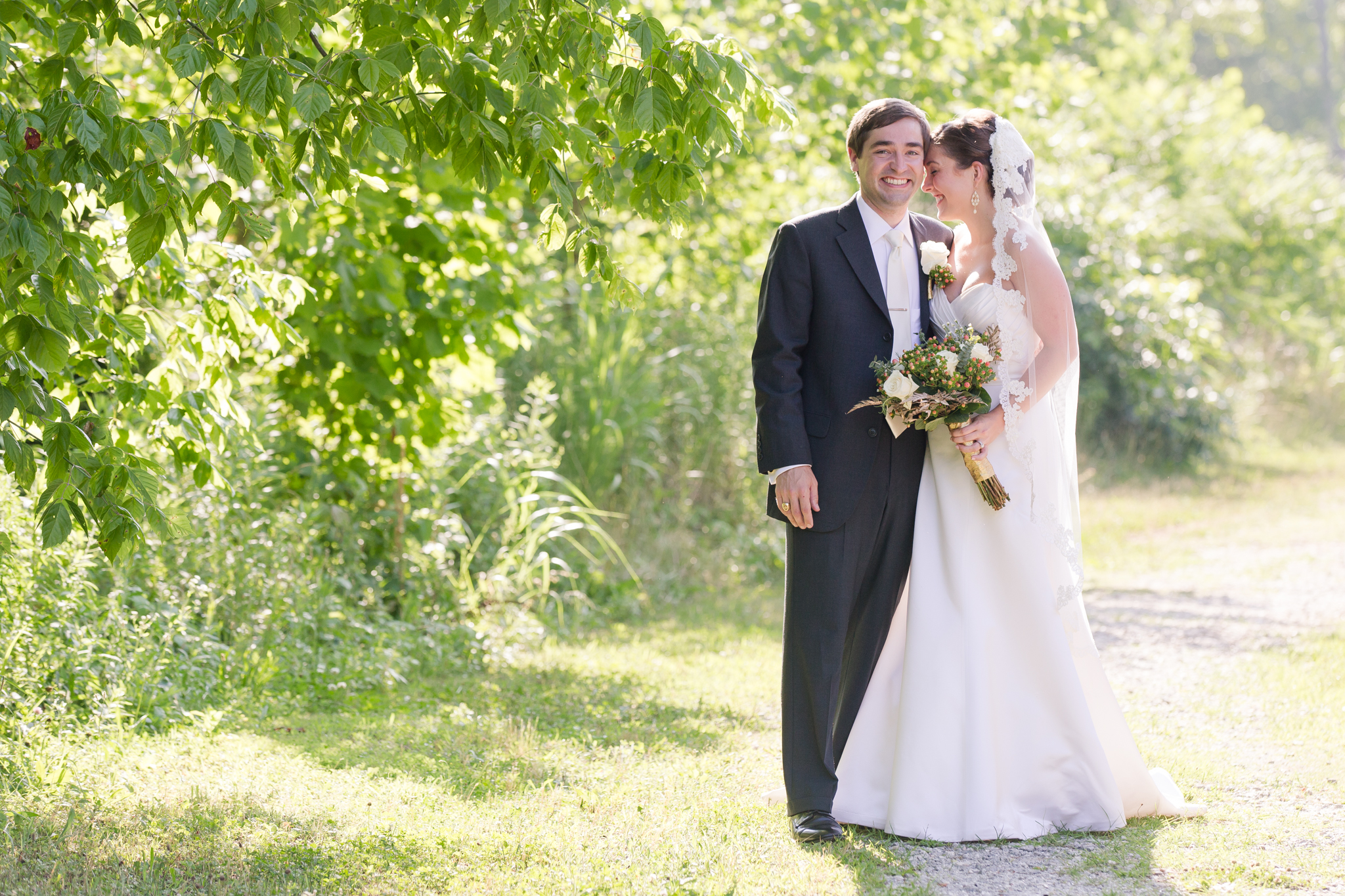 Ashley-Amber-Photo-Candid-Wedding-Photography-173444.jpg
