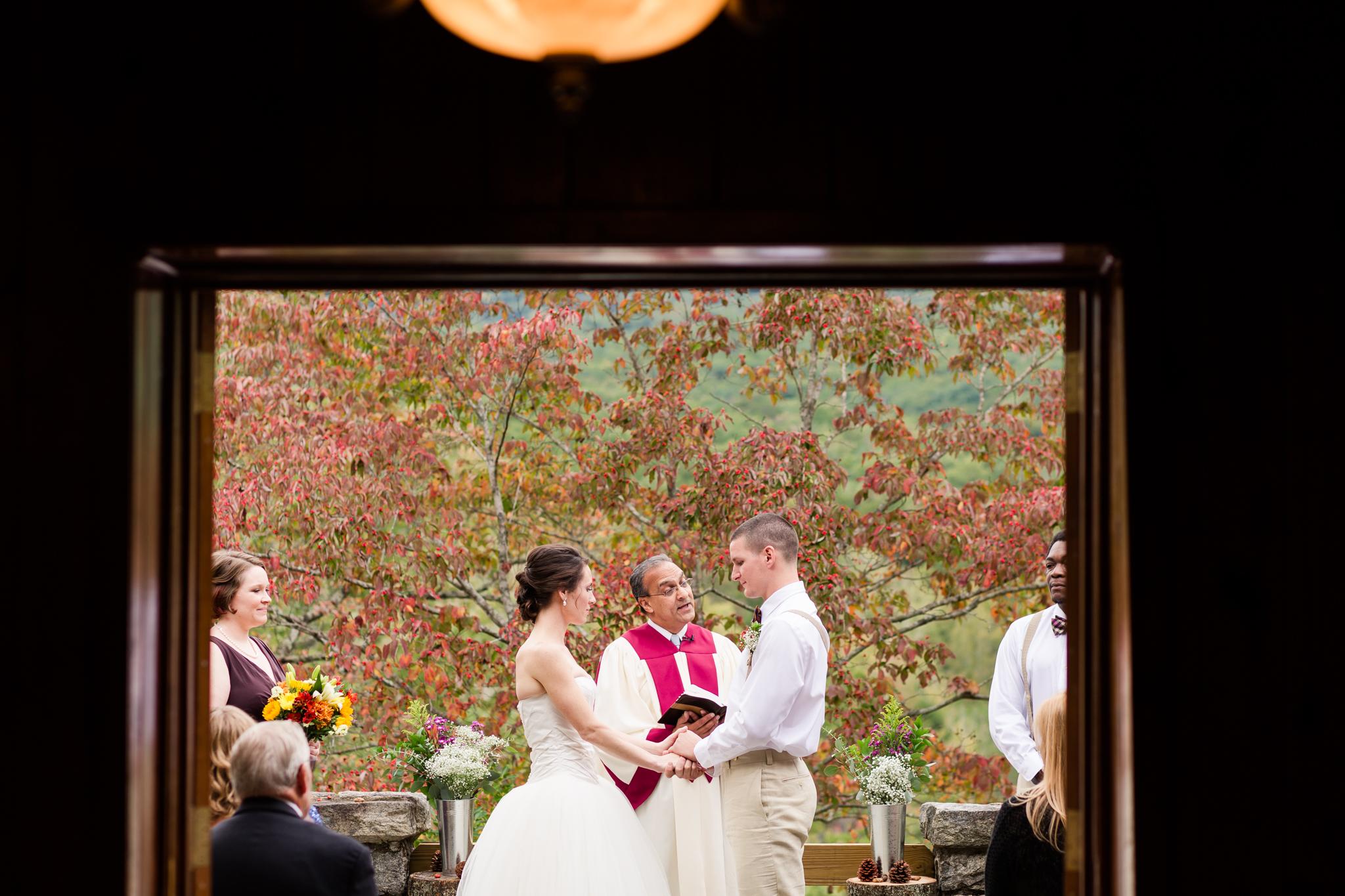 Ashley-Amber-Photo-Outdoor-Wedding-Photography-141410.jpg
