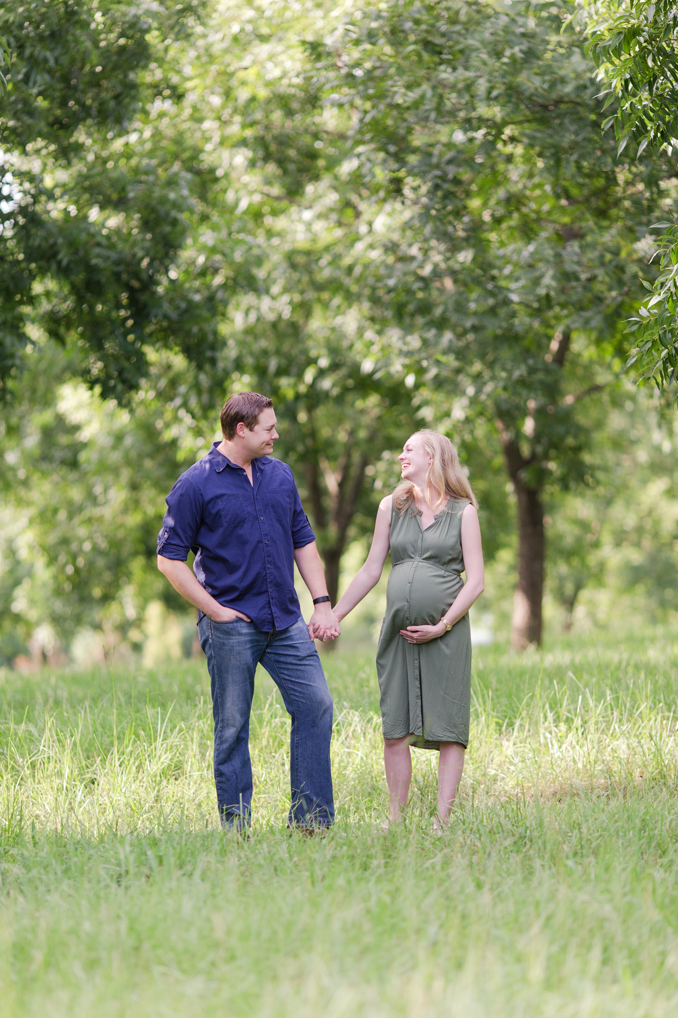 20170813-outdoor-maternity-photo-session-greenville-sc-4.jpg