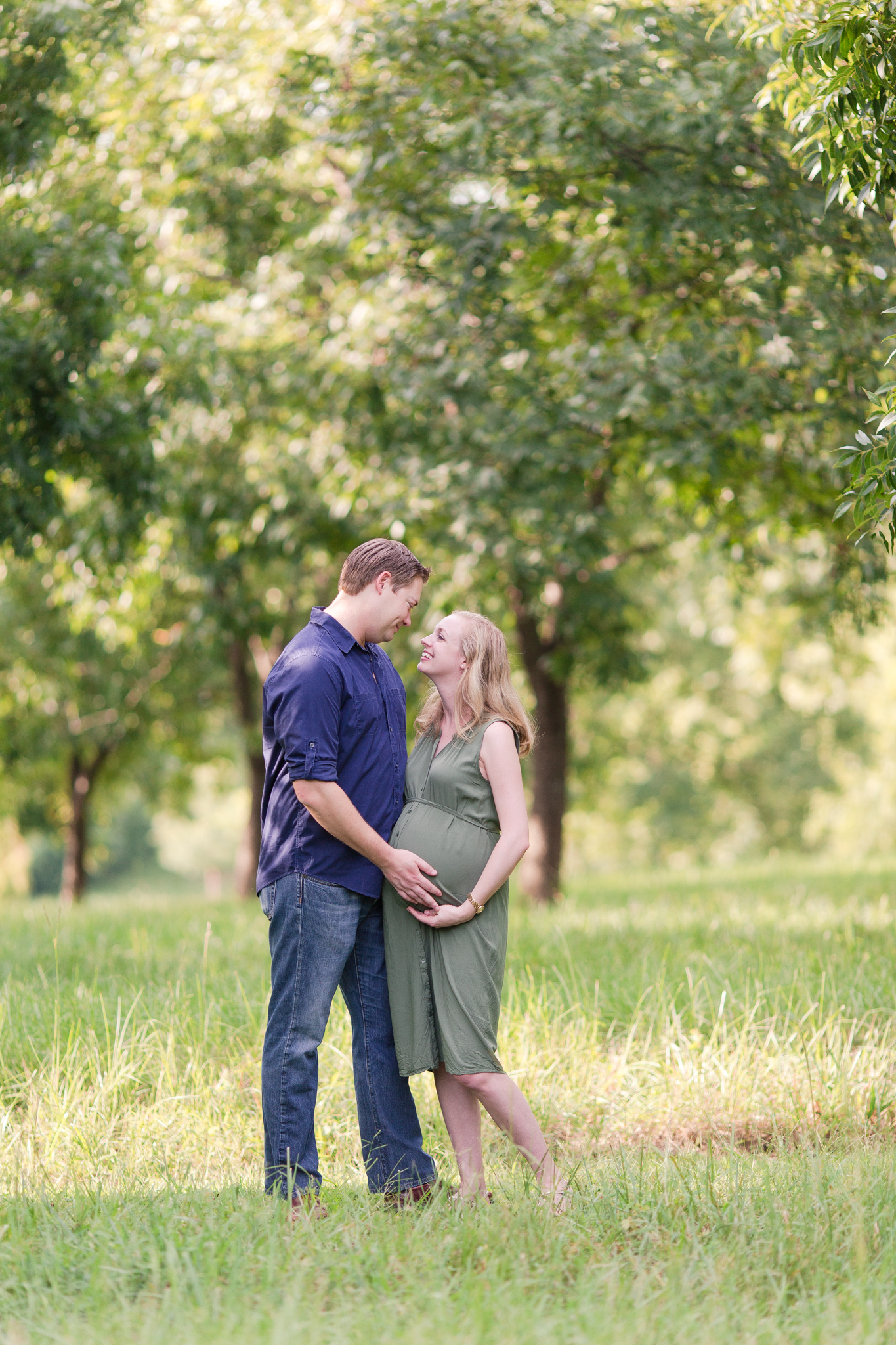 20170813-outdoor-maternity-photo-session-greenville-sc-5.jpg