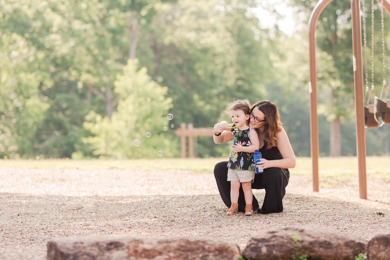 Ashley-AMBER-Photo-Greenville-Family-Photographer-170628-3.jpg