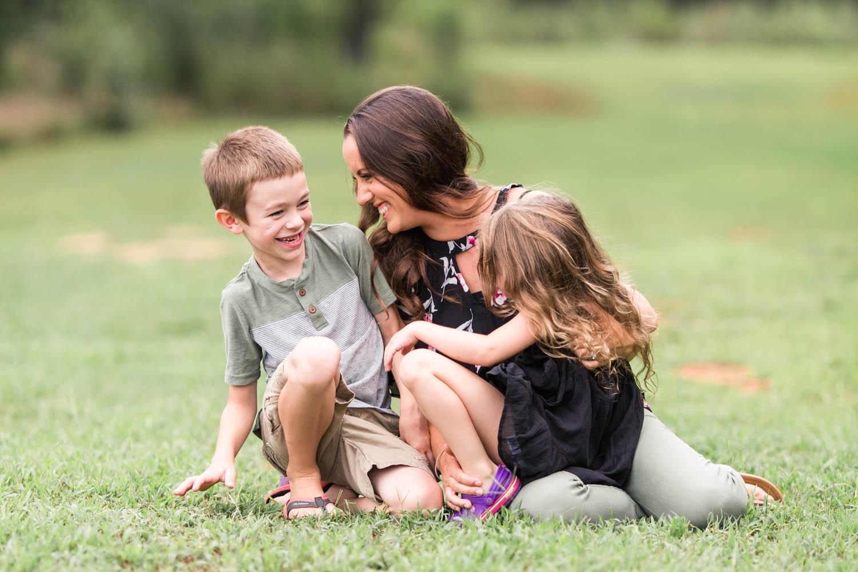 Ashley-AMBER-Photo-Greenville-Family-Photographer-170810-2.jpg