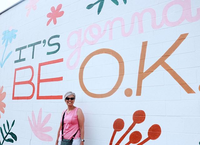 I promise it will 😉💗 ⁣ ⁣ When I came to Nashville, Hot chicken, a walk down Broadway, and some good southern sweet tea was high on my list! But I never expected MURALS to take the cake here in Tennessee 🌺 ⁣ ⁣ I have a full guide on the blog today about where the best murals are, how they all got to Tennessee in the first place + lots of tips to help you see all the art here in Nashville! *link in bio* ⁣ ⁣ PS. I am about to board my plane back to Colorado but trying to up my game of posting adventures in real time!! So get ready for some fun in the volunteer state the next couple days!! Anyone heading to Tennessee soon?? ✈️🌼