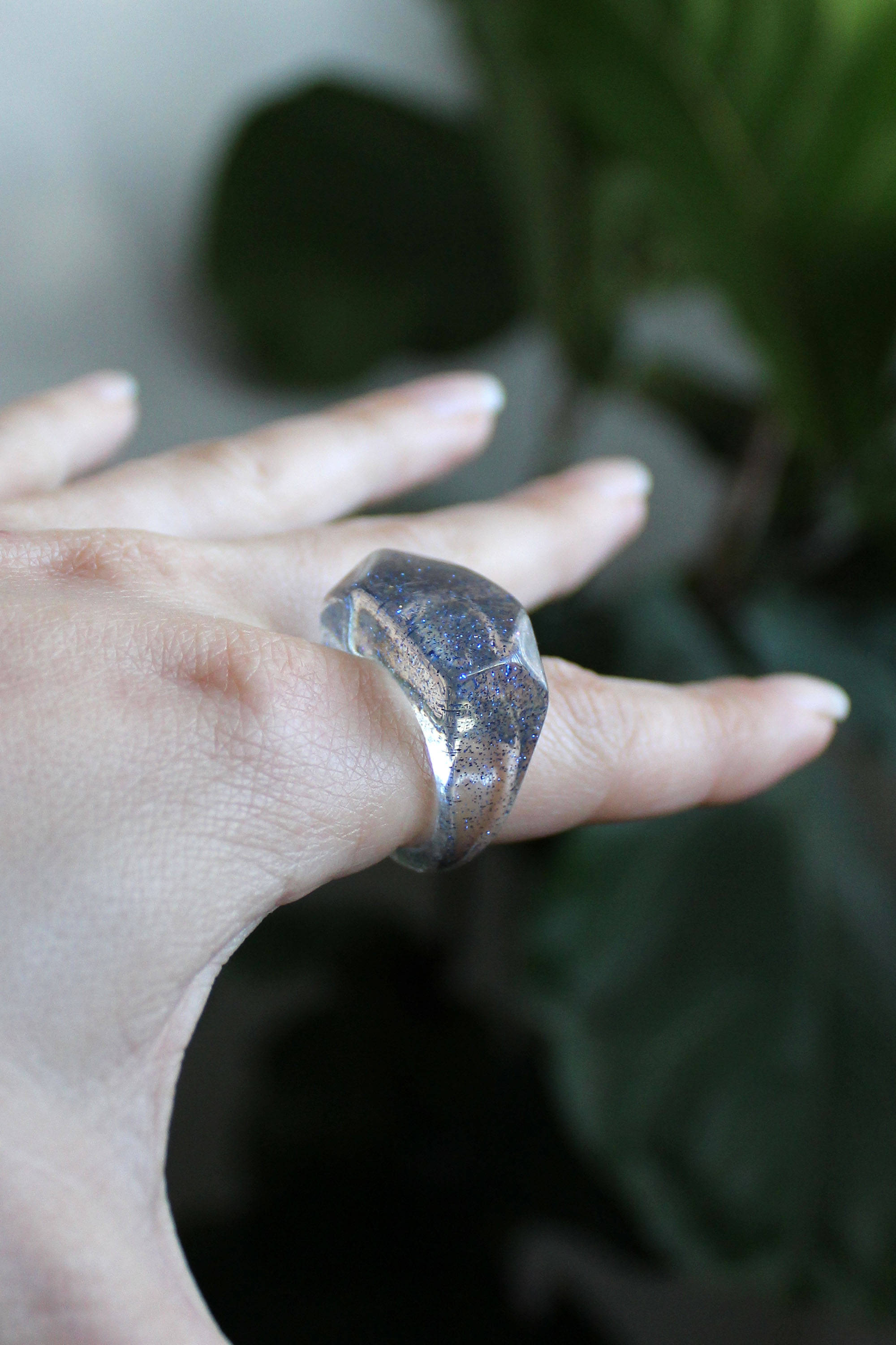 90s Sparkly Lucite Ring
