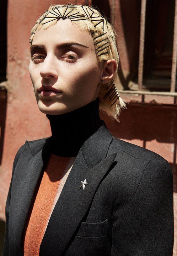 W Magazine Nov 2015 'Fashion Without Borders' - Julia Nobis by Craig McDean