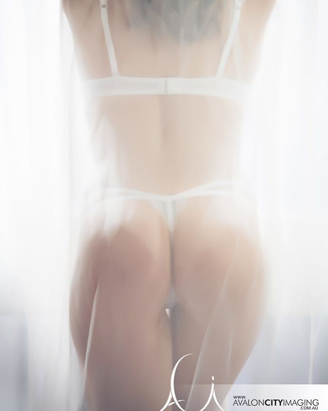 These hot, balmy evenings are just bootiful 😍 p.s our Valentine's Day Sale is only on for a limited time...treat that special someone to an extra cheeky gift 😉 . . . . #thursday #evening #hot #balmy #bootiful #summerlove #happiness #boudoir #photoshoot #sexy #seductive #cheeky #valentinesday #saleon #limitedtime #perfectgift #adelaidephotography #boutique #studio #avaloncityimaging