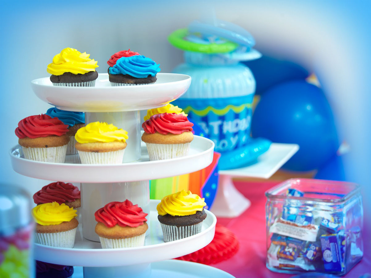 Birthdays2_lwrz(B_0212).jpg