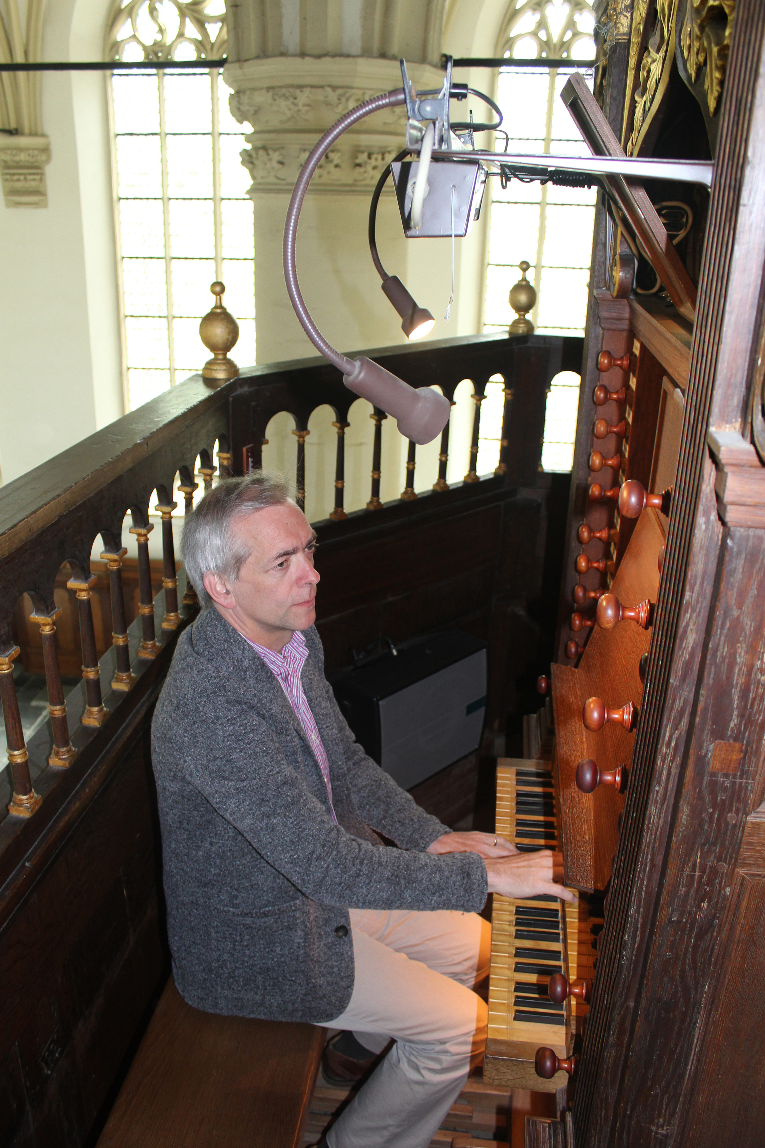 LD - H.Kerkserie - Organist Theo Visser.JPG