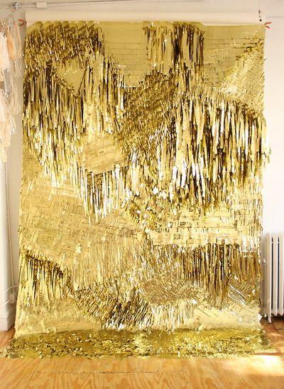 Confetti system gold