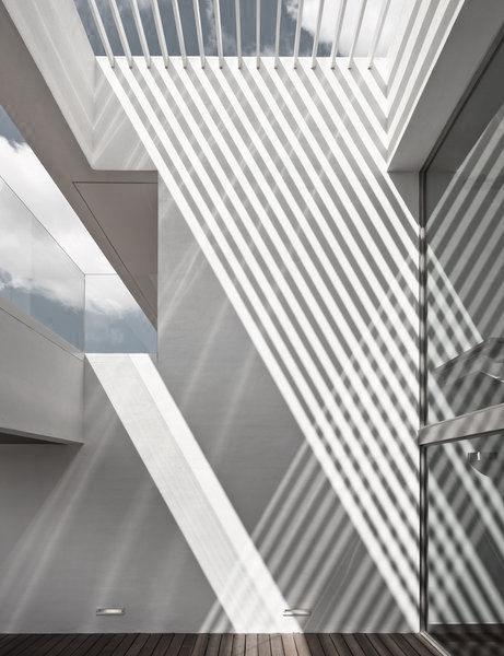 Striped shadow cast