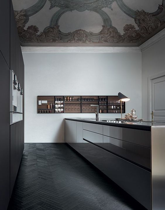 Contemporary kitchen with a classic ceiling stucco