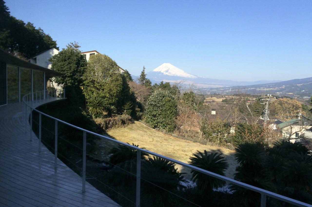 crescent_house_views