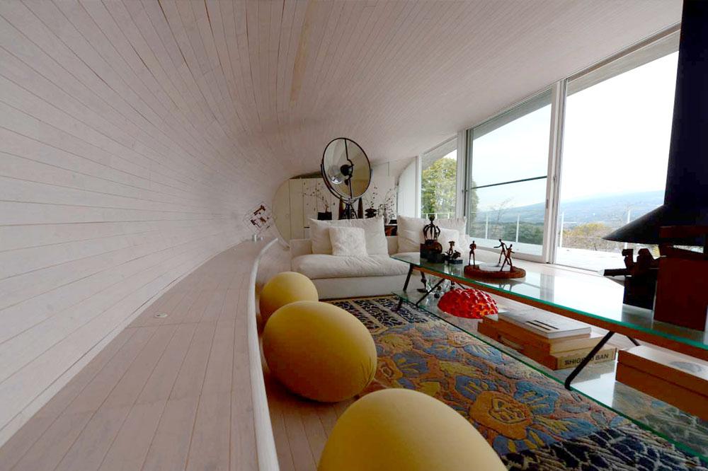 crescent_house_interior