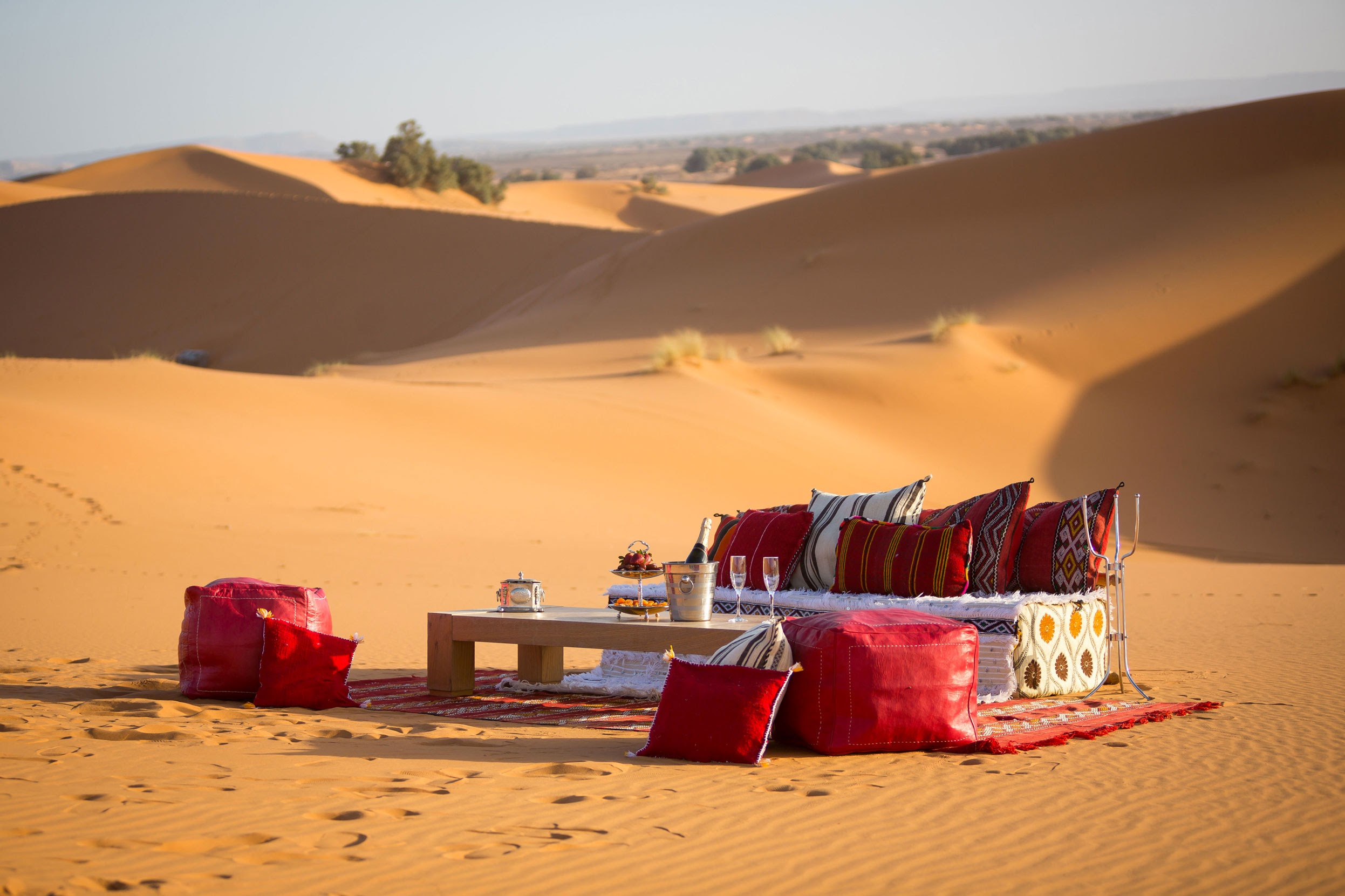 14-champagne_in_the_dunes.jpg