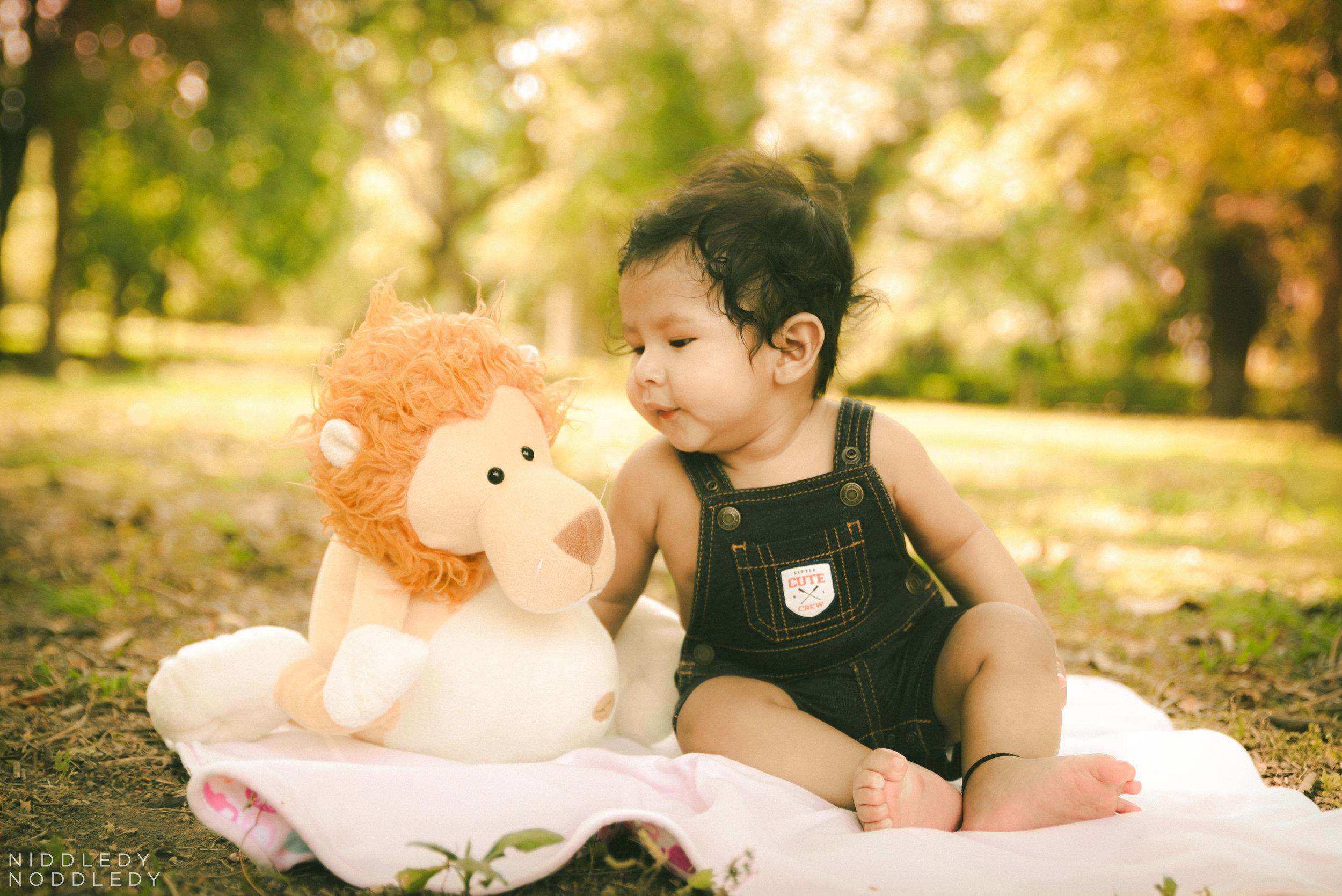 Abhiansh Baby Portfolio Photoshoot ❤ NiddledyNoddledy.com ~ Bumps to Babies Photography, Kolkata - 14.jpg