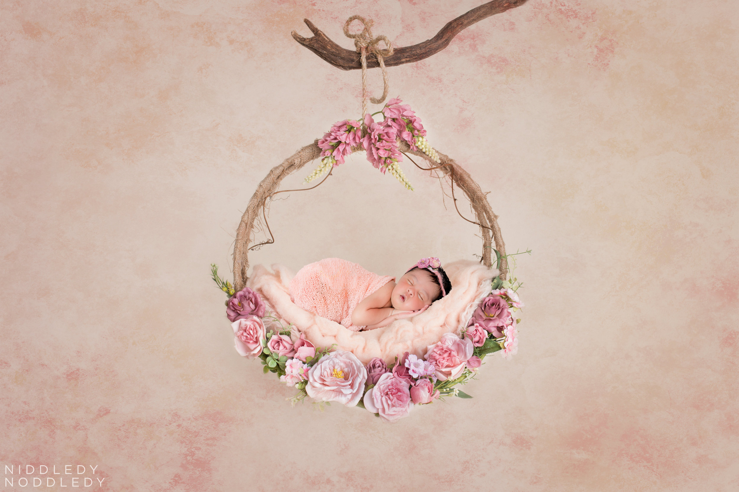 Samaira Newborn Photoshoot ❤ NiddledyNoddledy.com ~ Bumps to Babies Photography, Kolkata - 19.jpg