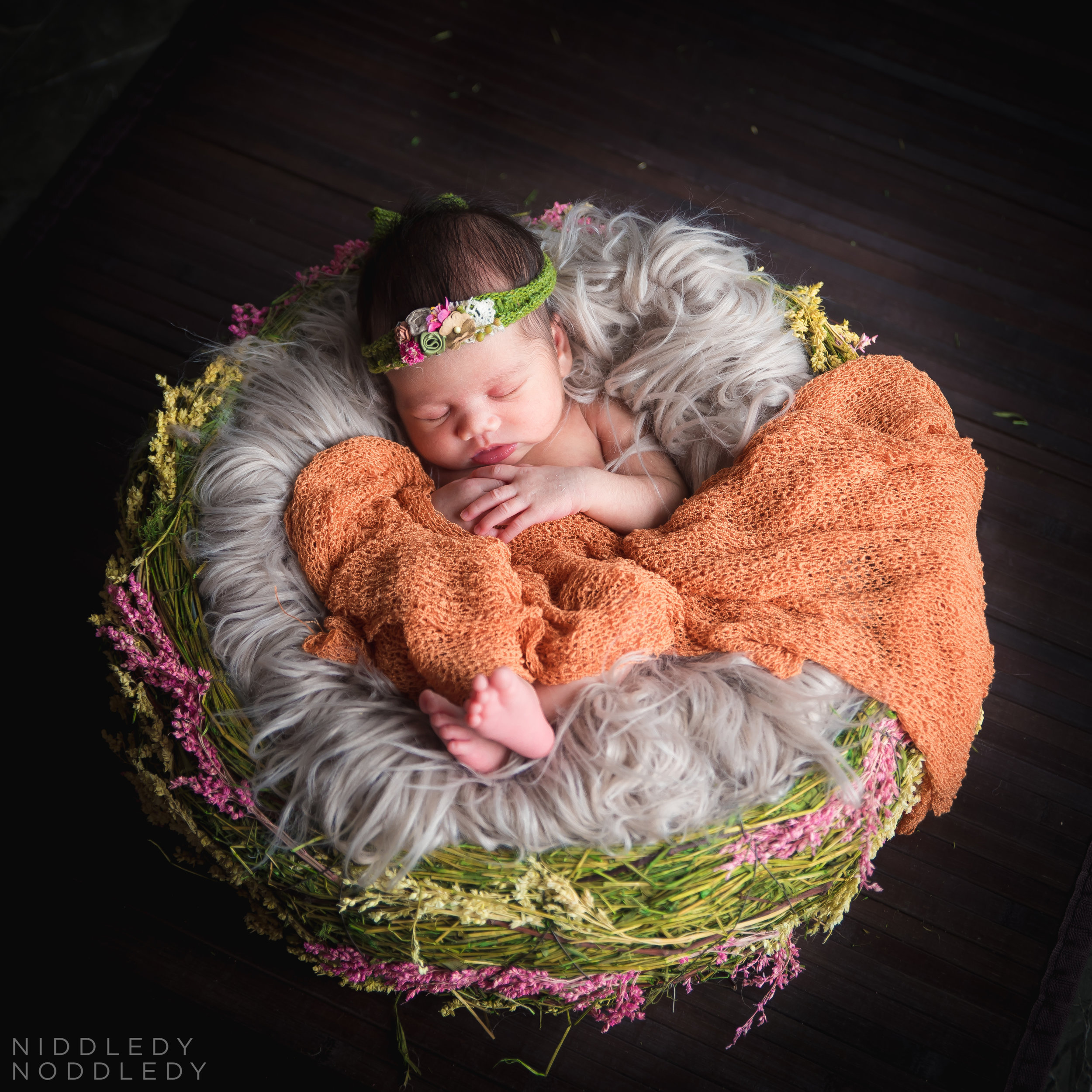 Amarra Newborn Photoshoot ❤ NiddledyNoddledy.com ~ Bumps to Babies Photography, Kolkata - 12.jpg