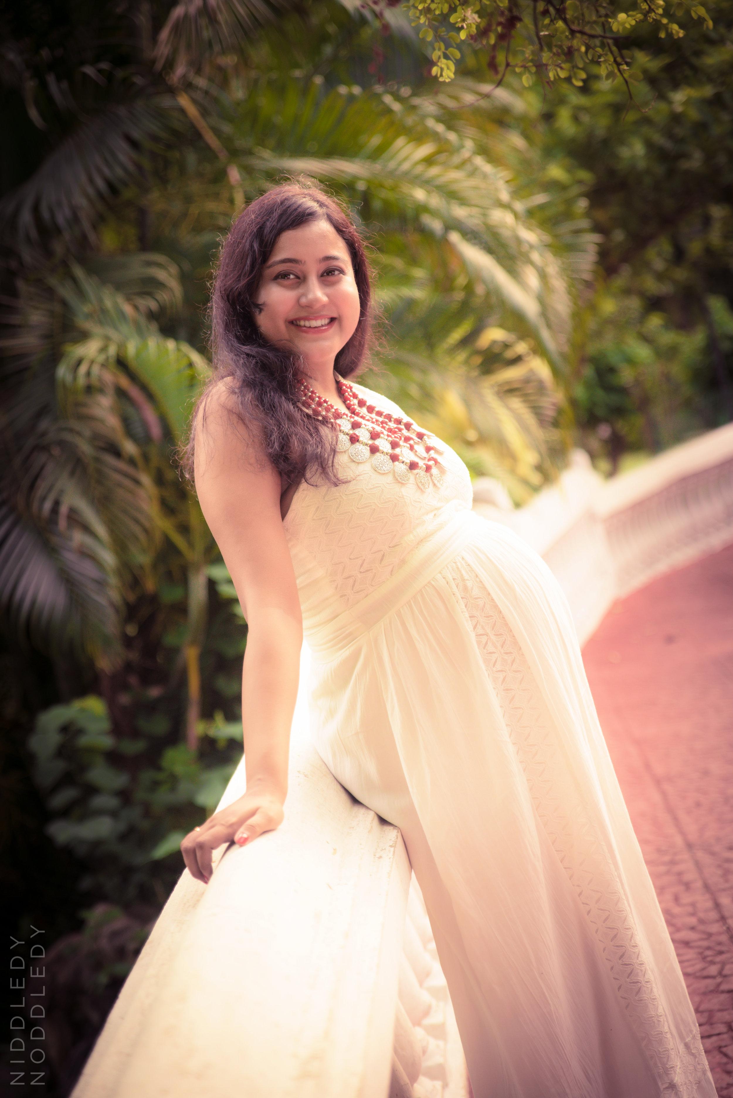 Monalisa Maternity Photoshoot ❤ NiddledyNoddledy.com ~ Bumps to Babies Photography, Kolkata - 07.jpg