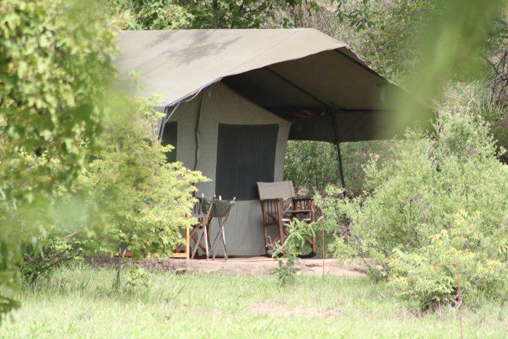 Lolkisale tent3.jpg