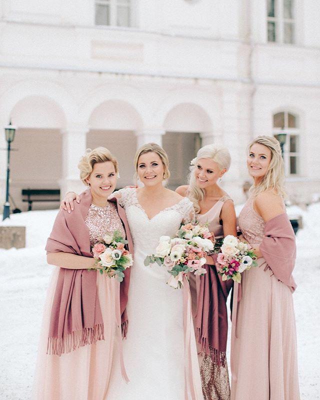 This winter wedding will be published on the next issue @haatjajuhlat.fi ! Let me know what you think ☺️🙏🏻 And these women! Amazing ❤️ ——————————————————————— #dearphotographer #annikaliinankiphotography #weddingphotographers  #theknot #loveauthentic #stylemepretty #loveintentionally #häät #thehappynow #huffpostido #colorcrush #pursuepretty #dowhatyoulove #creativebusiness #hääkuvaaja #ighaakuvaajat #nordicweddings #annikaliinankiphotography  #bröllop #valokuvaajanaiset #meidänhäät #helsinki  #weddingportrait #ighaakuvaajat #topwedday #weddinphotographer #internationalweddings #viitasaarenyrittäjät #bride #bridestyle  #winterweddings