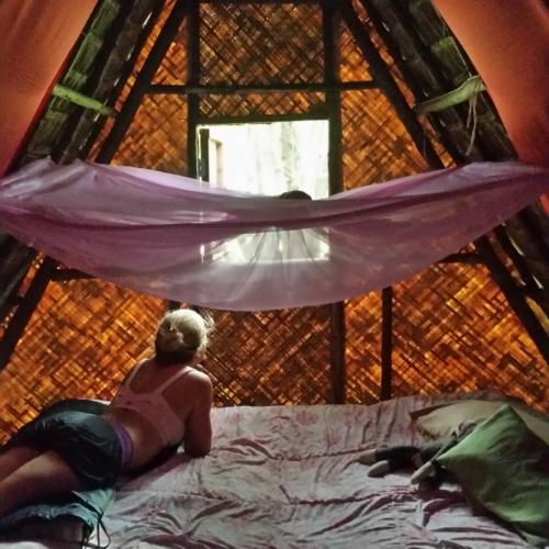 pai-circus-hut-bungalow-thailand-blog