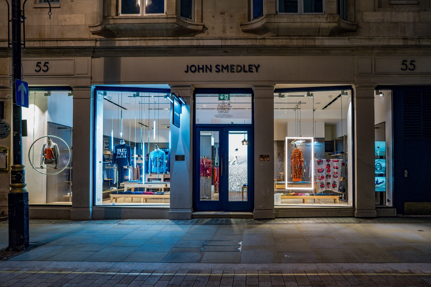 onebigcompany-design-london-art-direction-retail-marketing-window-display-john-smedley-knitwear-jermyn-street-christmas-2018-2.jpg