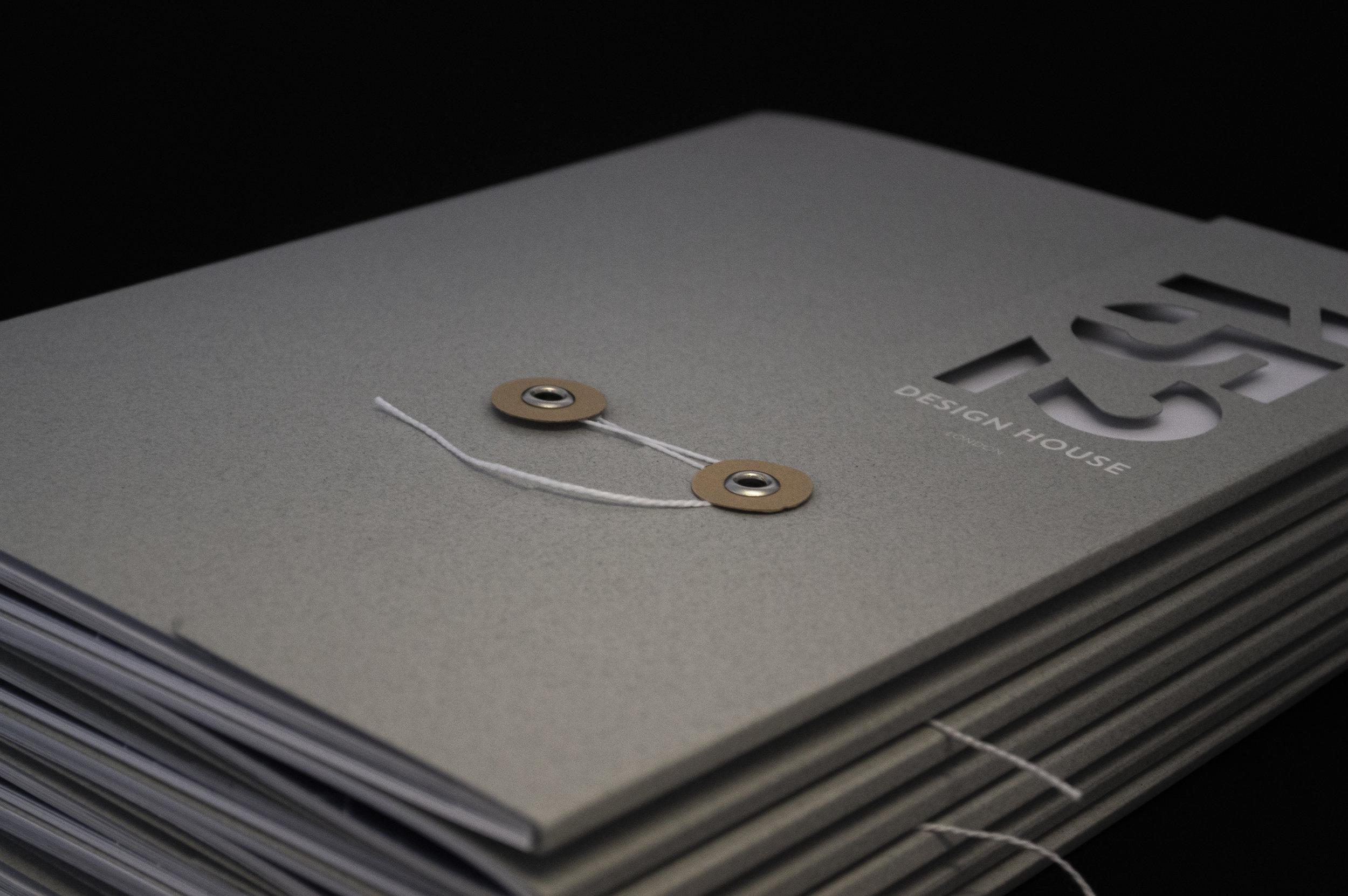 onebigcompany-design-london-art-direction-property-marketing-brochure-acorn-designhouse-southbank-1.jpg