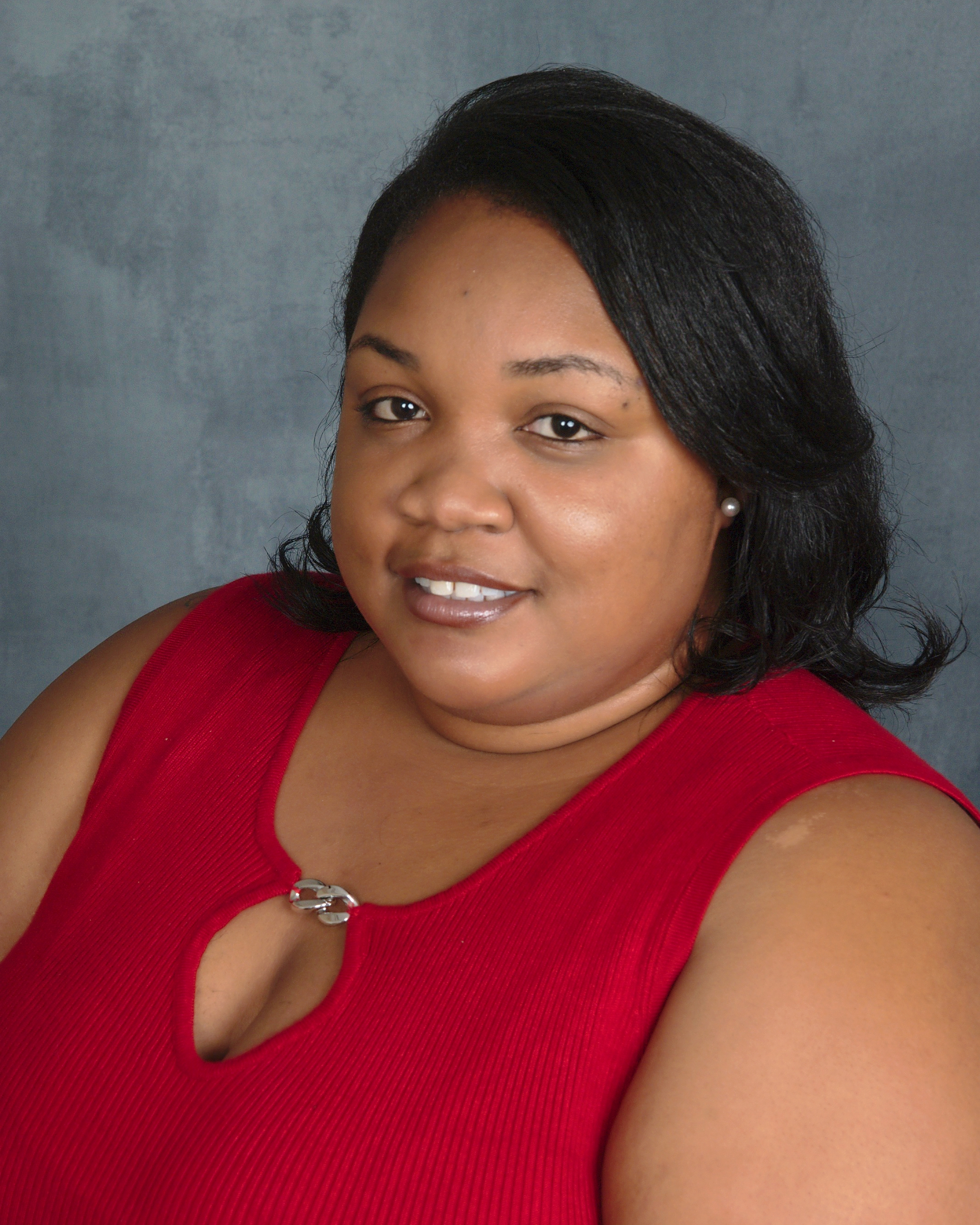 Amaris Thurston, Co-Founder and Member