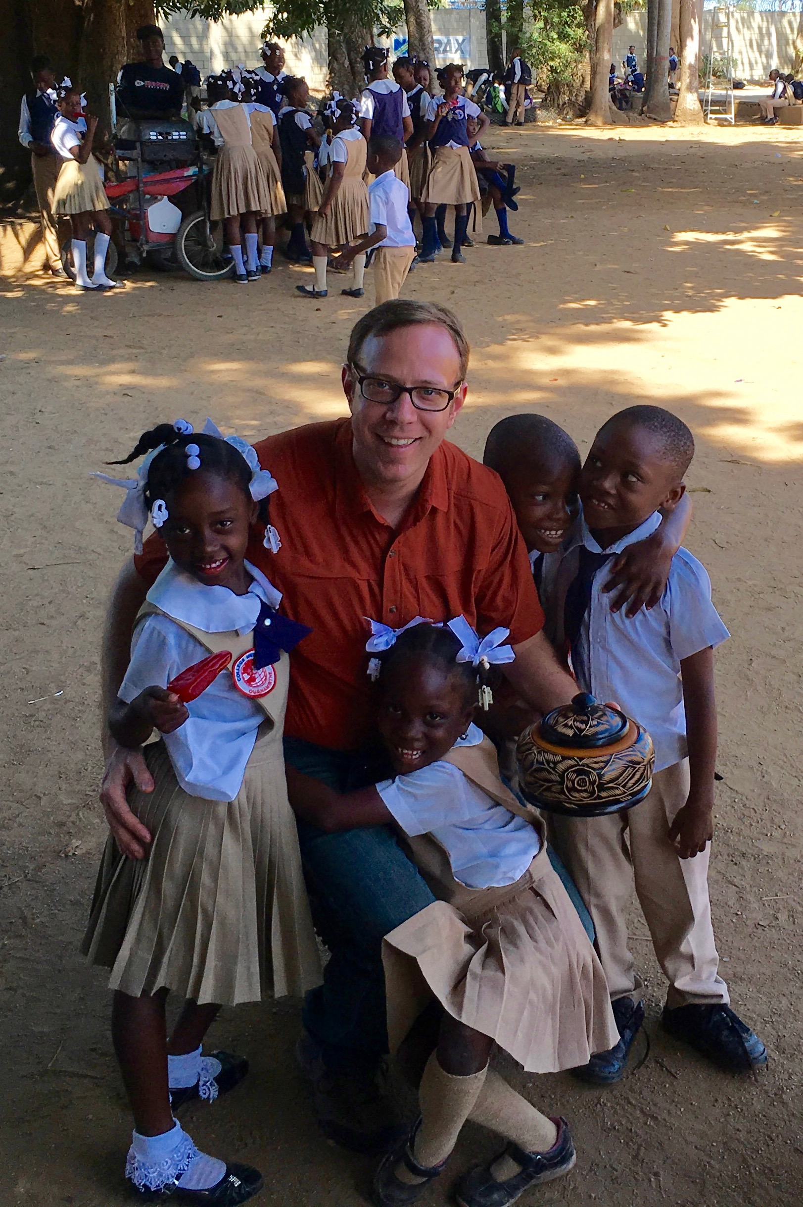 Aaron Van Dyke of Fairfield University on a 2016 ICP immersion trip to Haiti and the Dominican Republic (Photo by Joseph DeFeo)