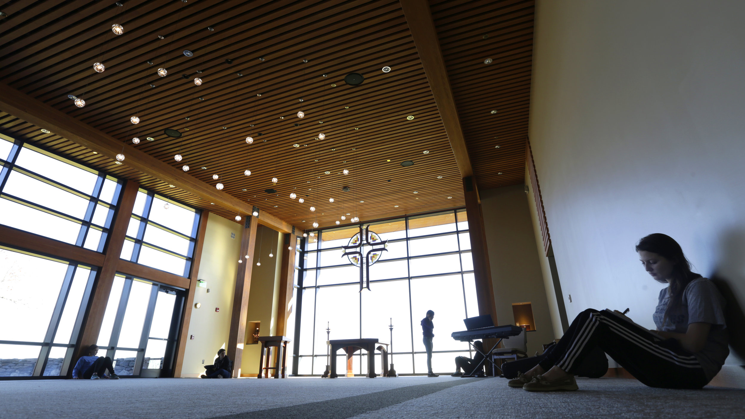 Interior of the Thomas P. Joyce '59 Contemplative Center (photo by Tom Retigg for the College of the Holy Cross)