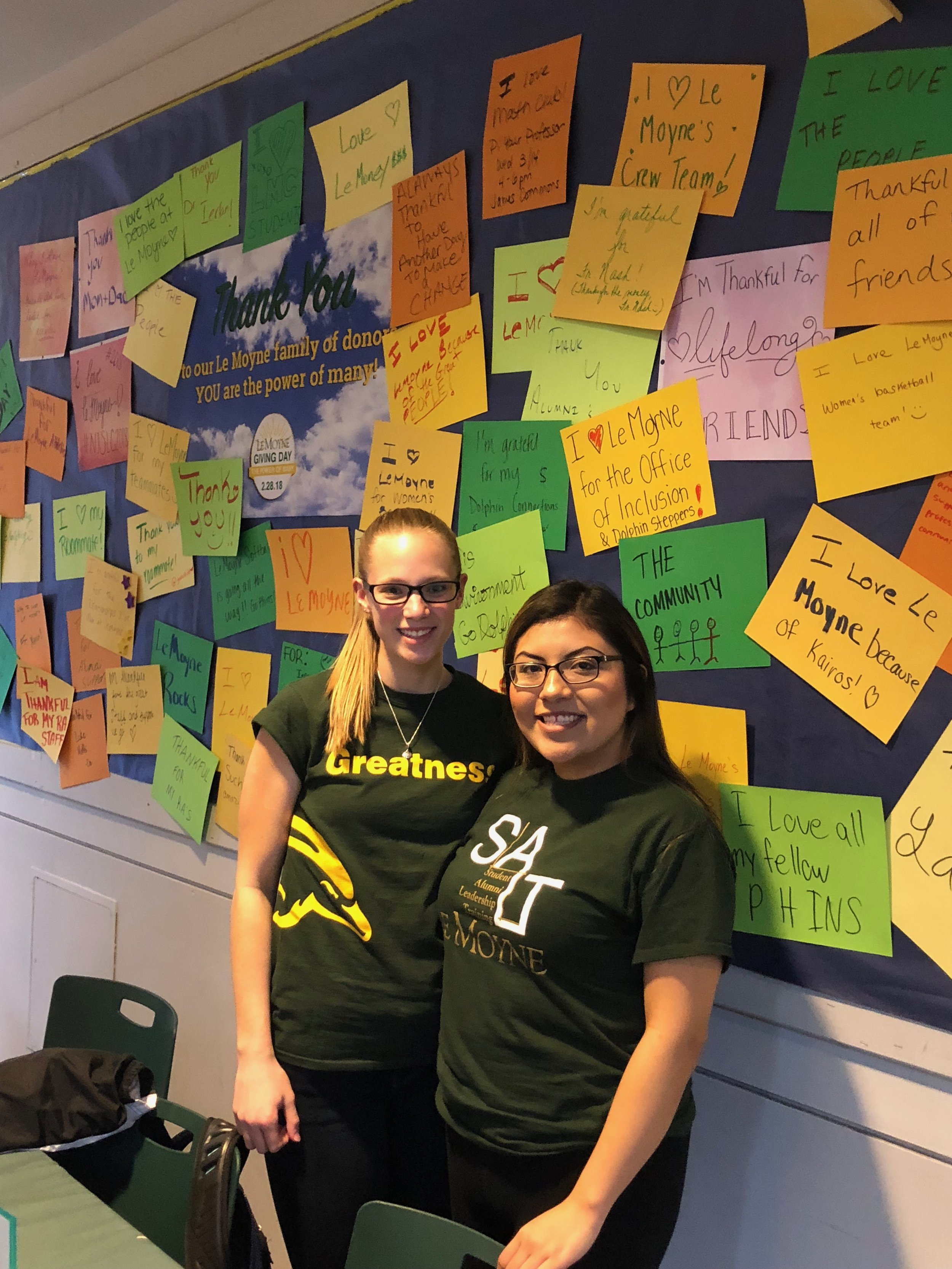 Members of Le Moyne's SALT program join their peers in sharing what they love about Le Moyne (photo by Le Moyne College)