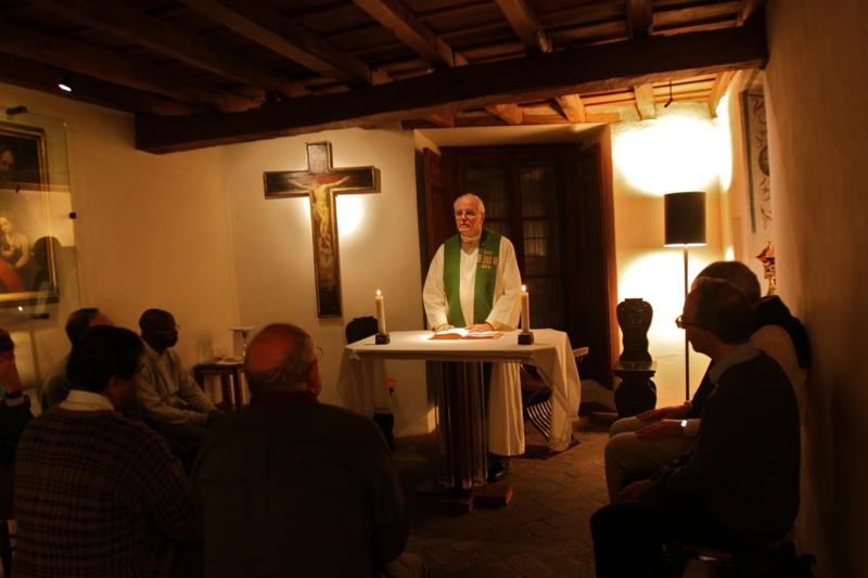Fr. Currie offering Mass in the room of St. Ignatius of Loyola in Rome, during a meeting of the International Committee on Jesuit Higher Education