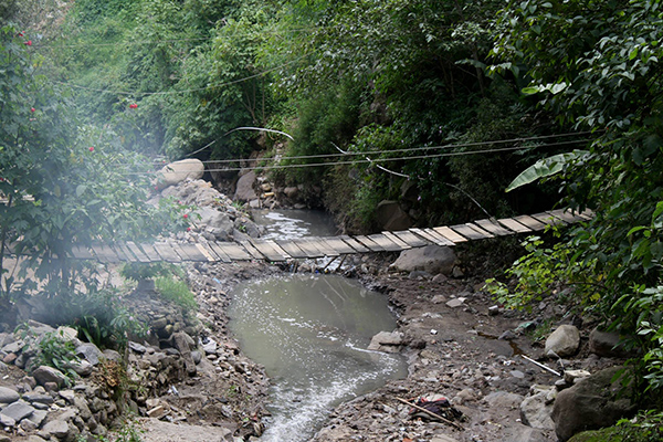 DUSc players in Guatemala with Soccer Recycle got to channel their inner Indiana Jones on rope bridges.