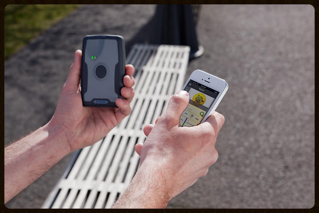 Trimble® R1 GNSS Receiver