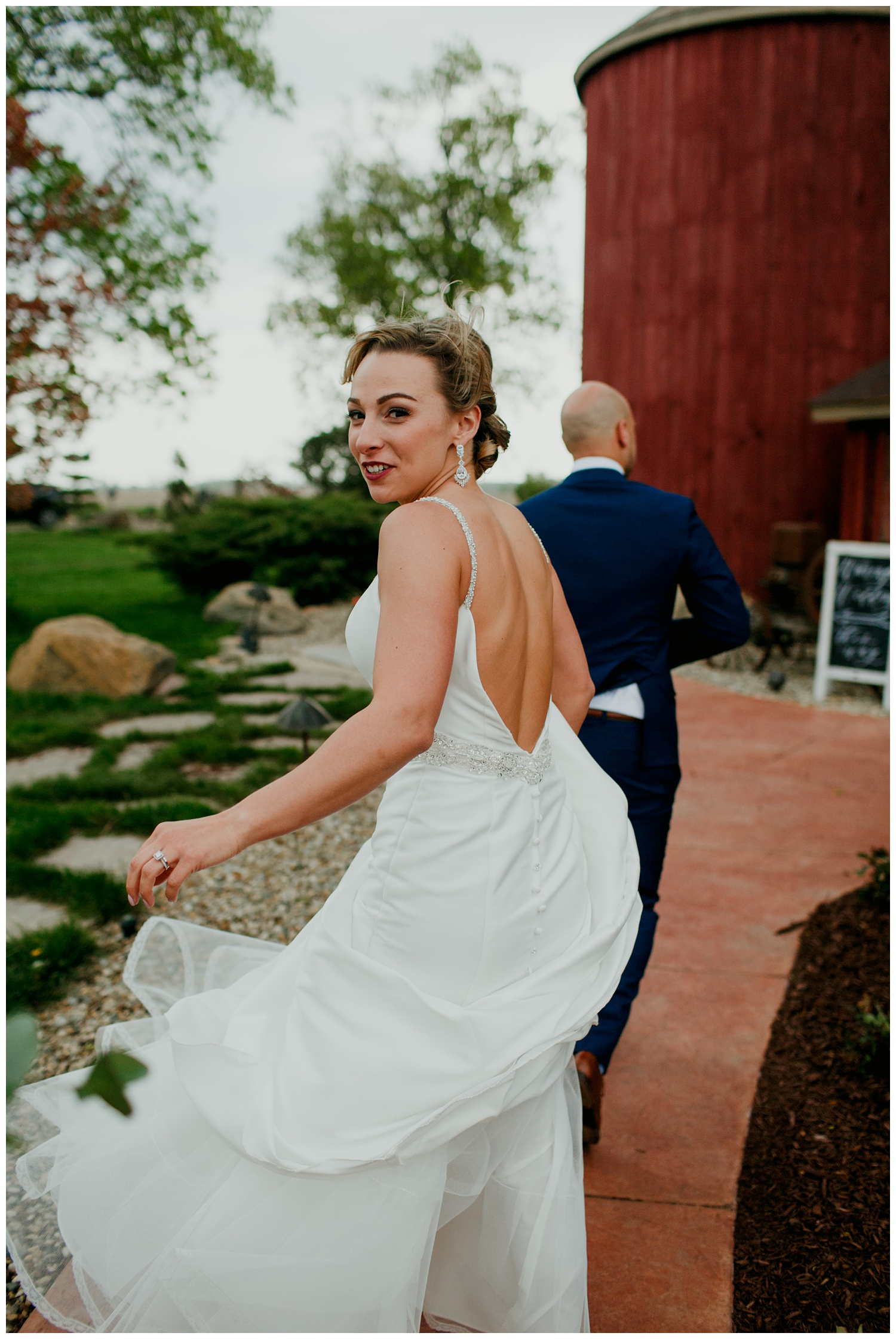 blissfulbarn threeoaks michigan wedding photography journeymandistillery101.jpg