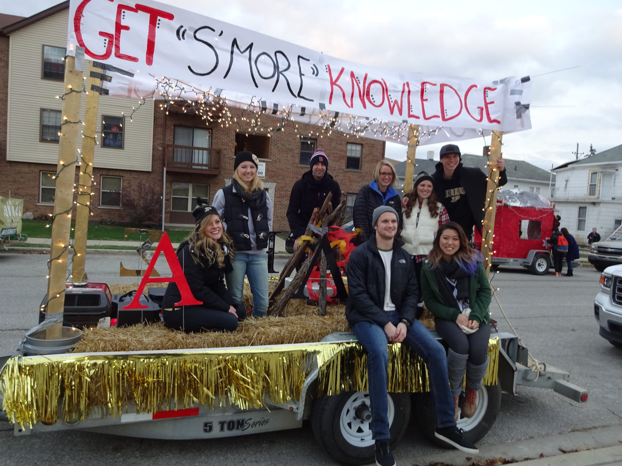 purdue university's alpha lambda delta homecoming float (and first place winner!)
