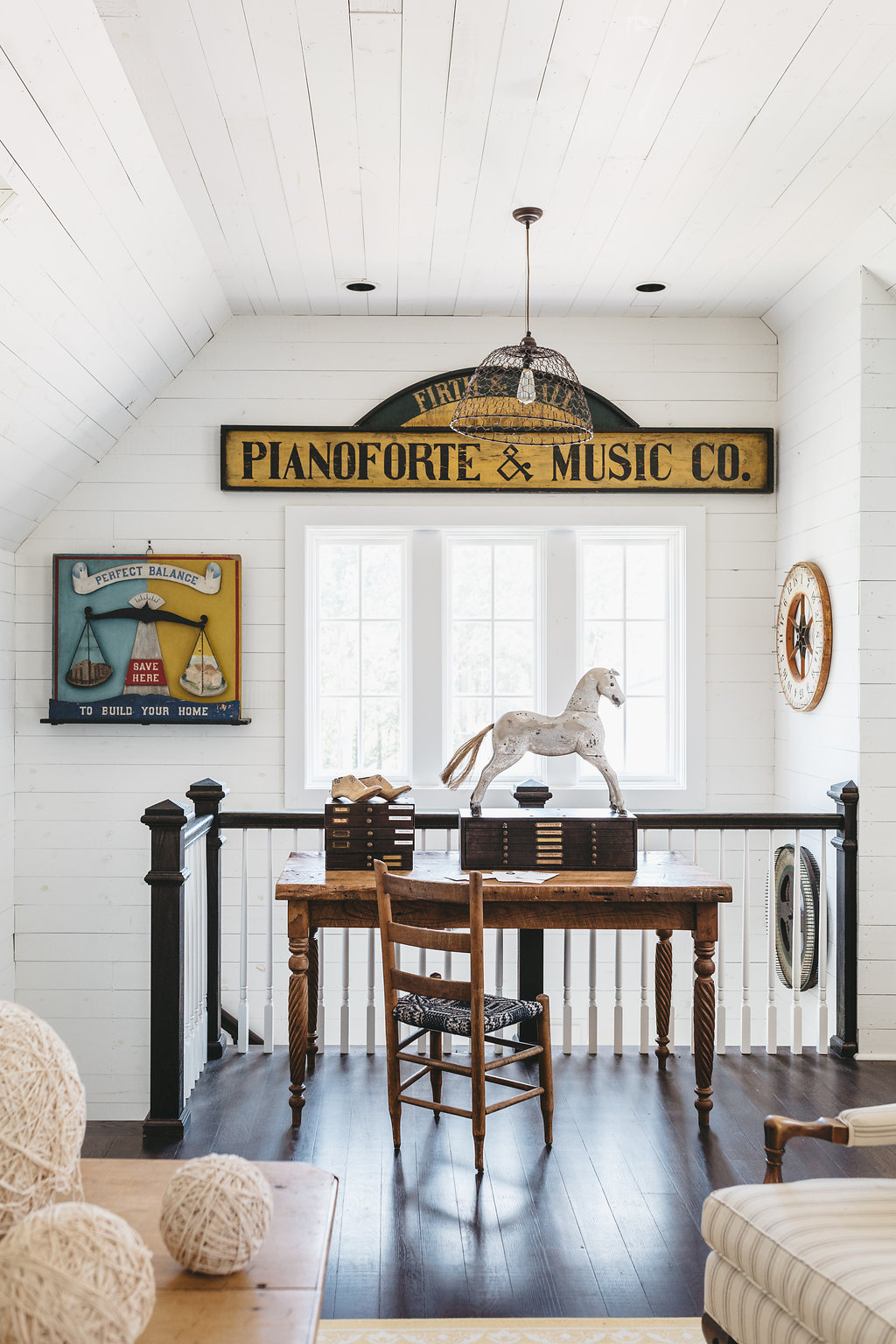 The writer's loft at the home of Sheryl Crow.   City Farmhouse Style  Photography: Alissa Saylor