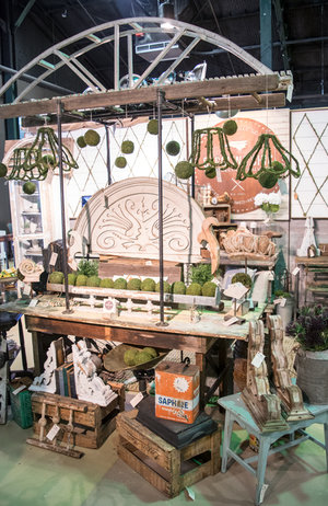 Rusty Rooster's exhibits classic farmhouse style at the City Farmhouse Pop Up Fair | June 2017 | Franklin, TN