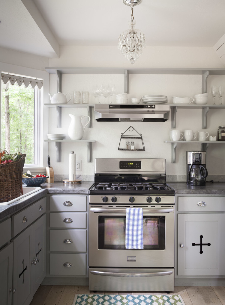 The full service kitchen at the Storybook Cottage | City Farmhouse