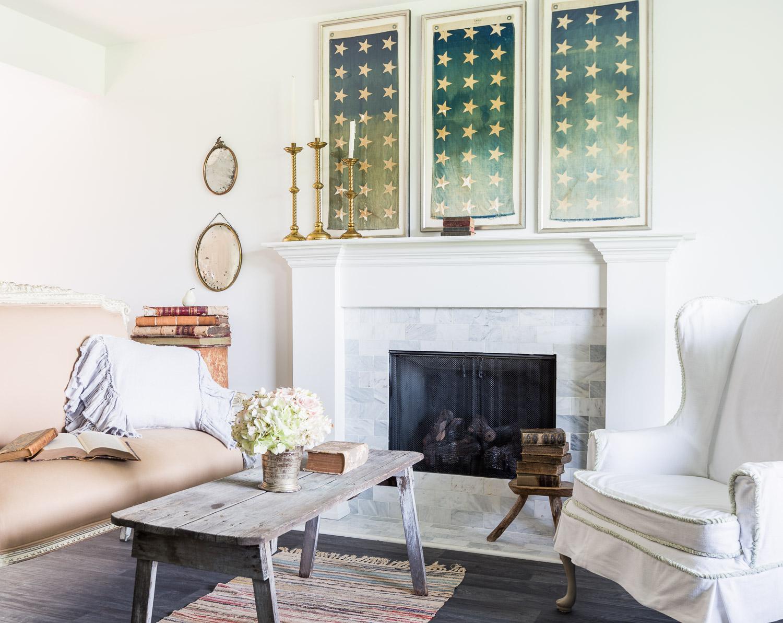 Classic white farmhouse style at One King's Lane   Photography: Alyssa Rosenheck